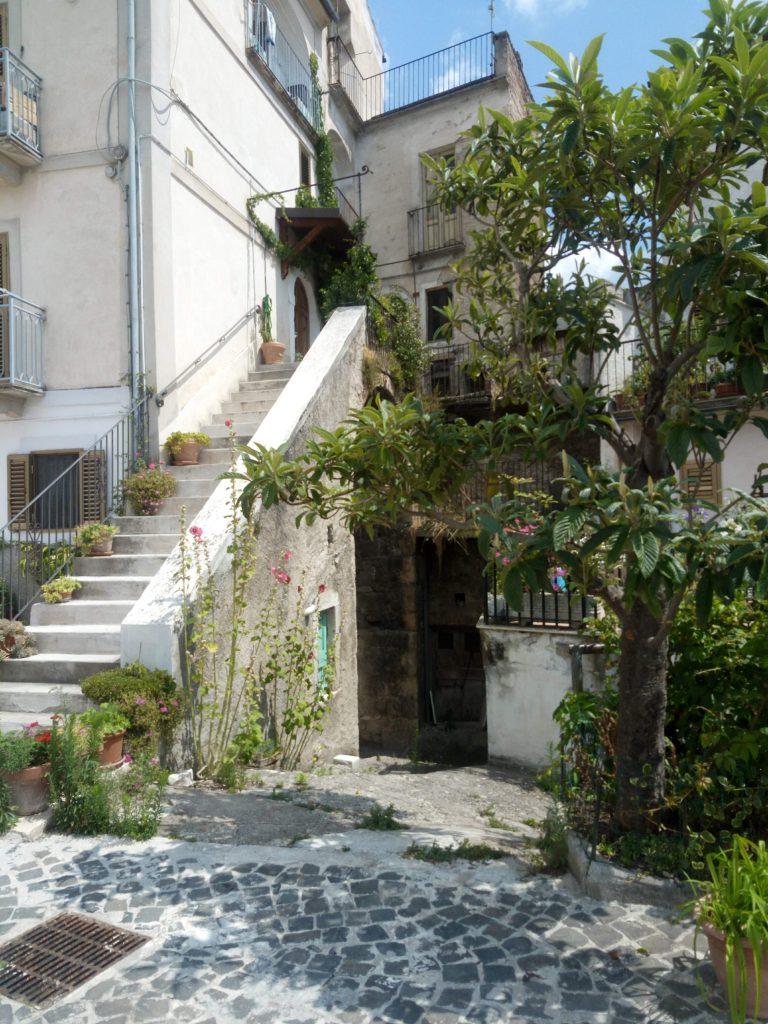I vicoli di Pacentro Abruzzo