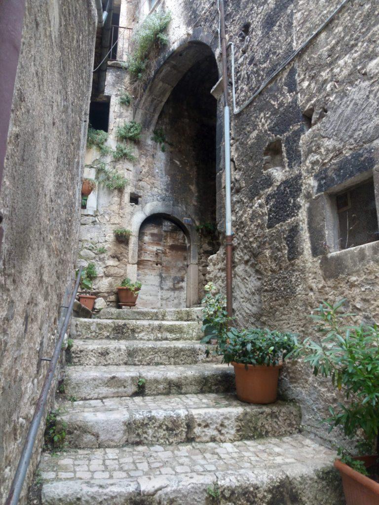 Pacentro e i suoi vicoli Abruzzo