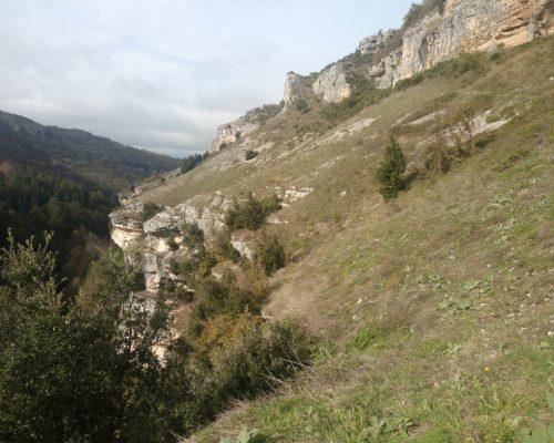 Nel Parco Nazionale Della Majella Verso L'eremo San Bartolomeo