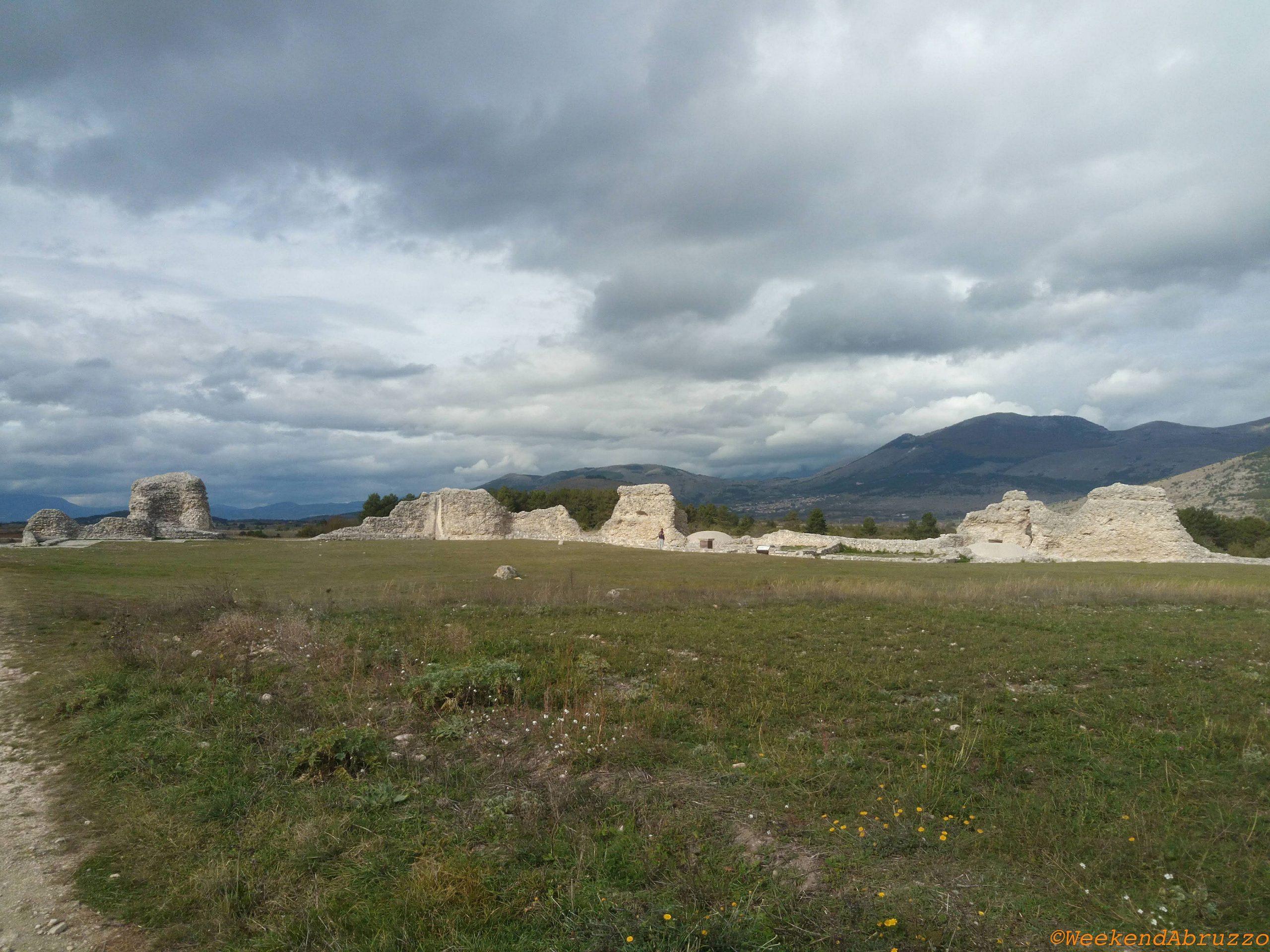 Peltuinum: sito archeologico romano nella zona aquilana in Abruzzo